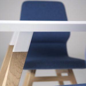 oblique table