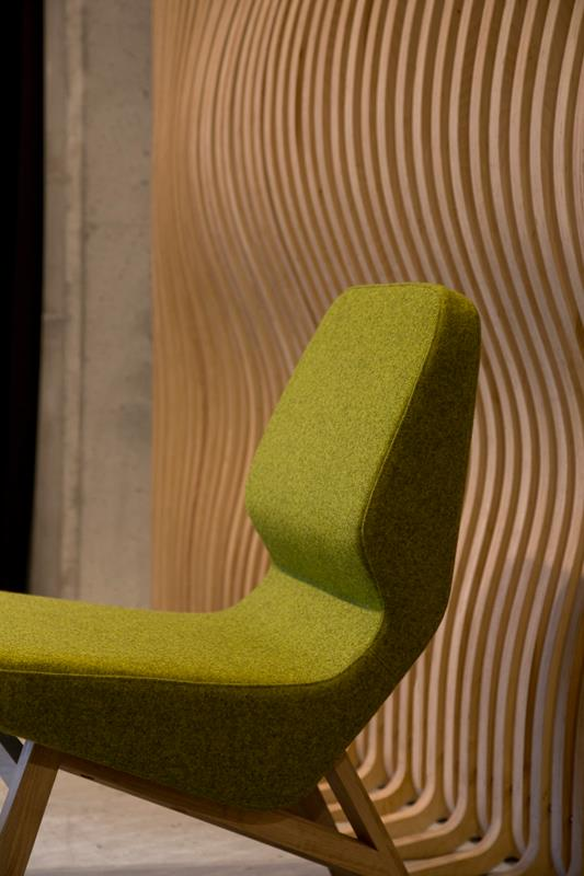 Oblique Chair Nuans