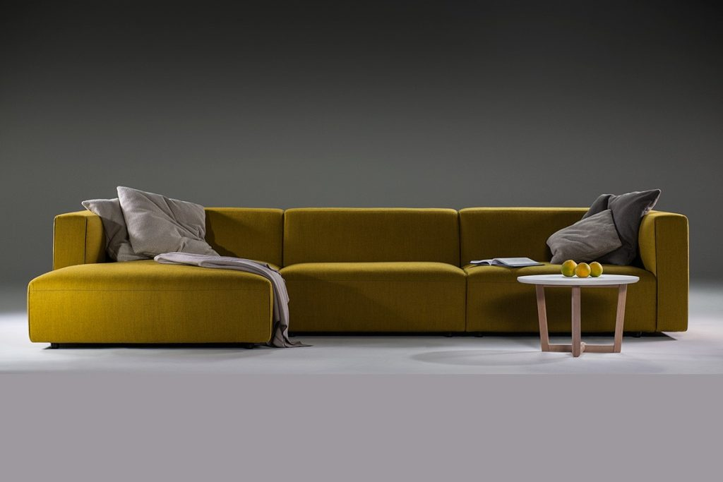 Match sectional sofa nuans for U sofa med chaiselong