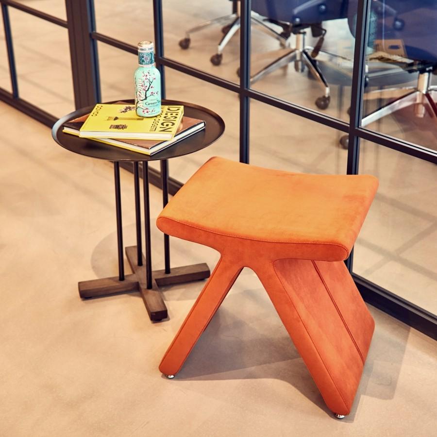 pi stool sini table