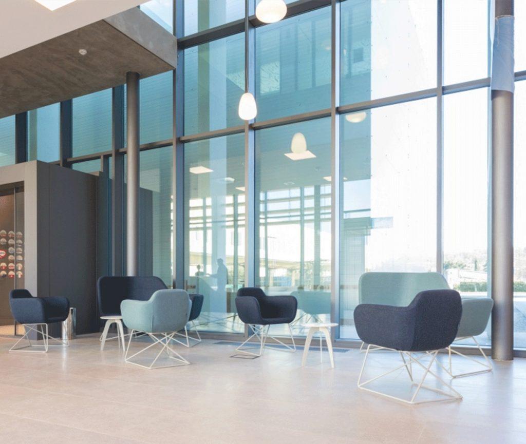 True Design Slight Armchair (1)