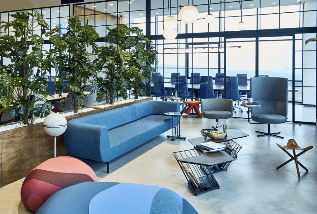 B&T Durgu Sofa - Flint Pouf - Hexagon table - Round Chair High Back