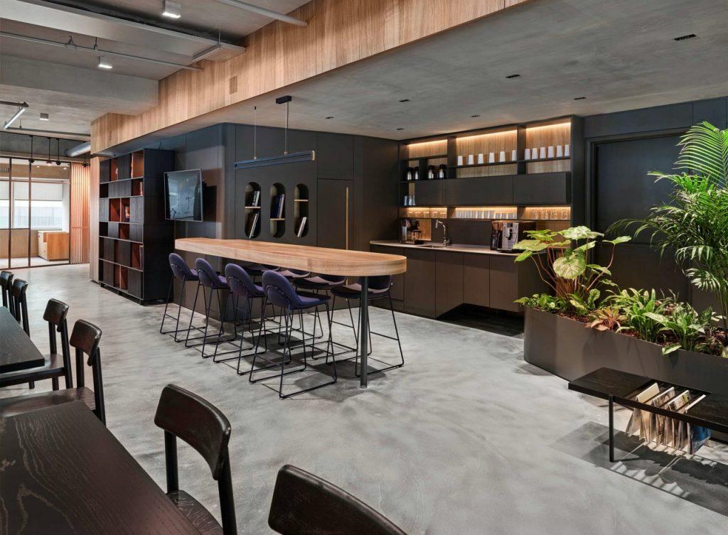 B&T-Surf-Barstools-Mika-Chairs-Loom Coffee Table